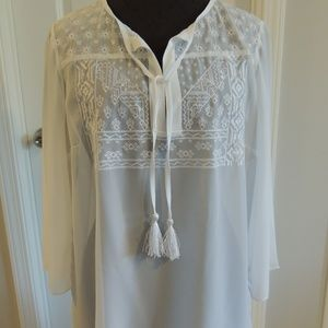 WHBM Medium Tunic White Embroidery Boho Blouse